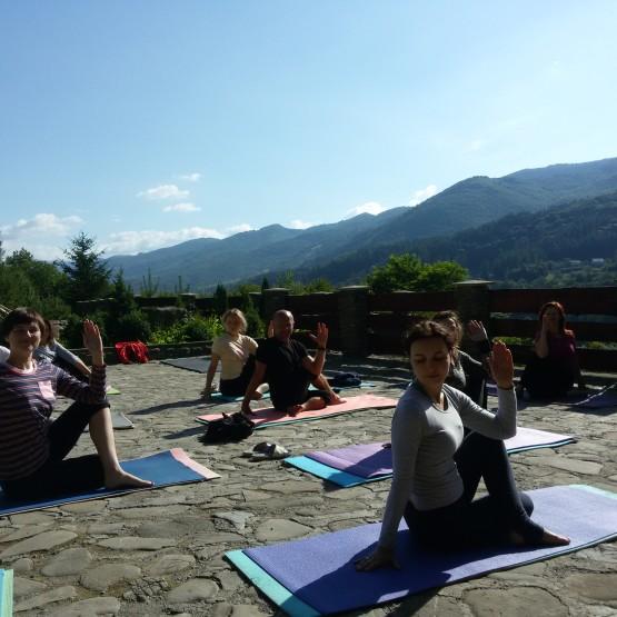 йога-табір 1-15 серпня