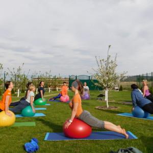 Весняний йога-тур